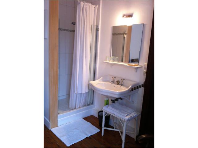 La chambre blanche la ceris e deauville for Eguisheim chambre d hotes